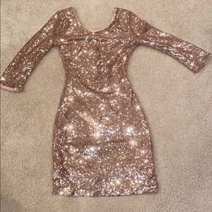 Lulus gold sequin form fitting mini dress